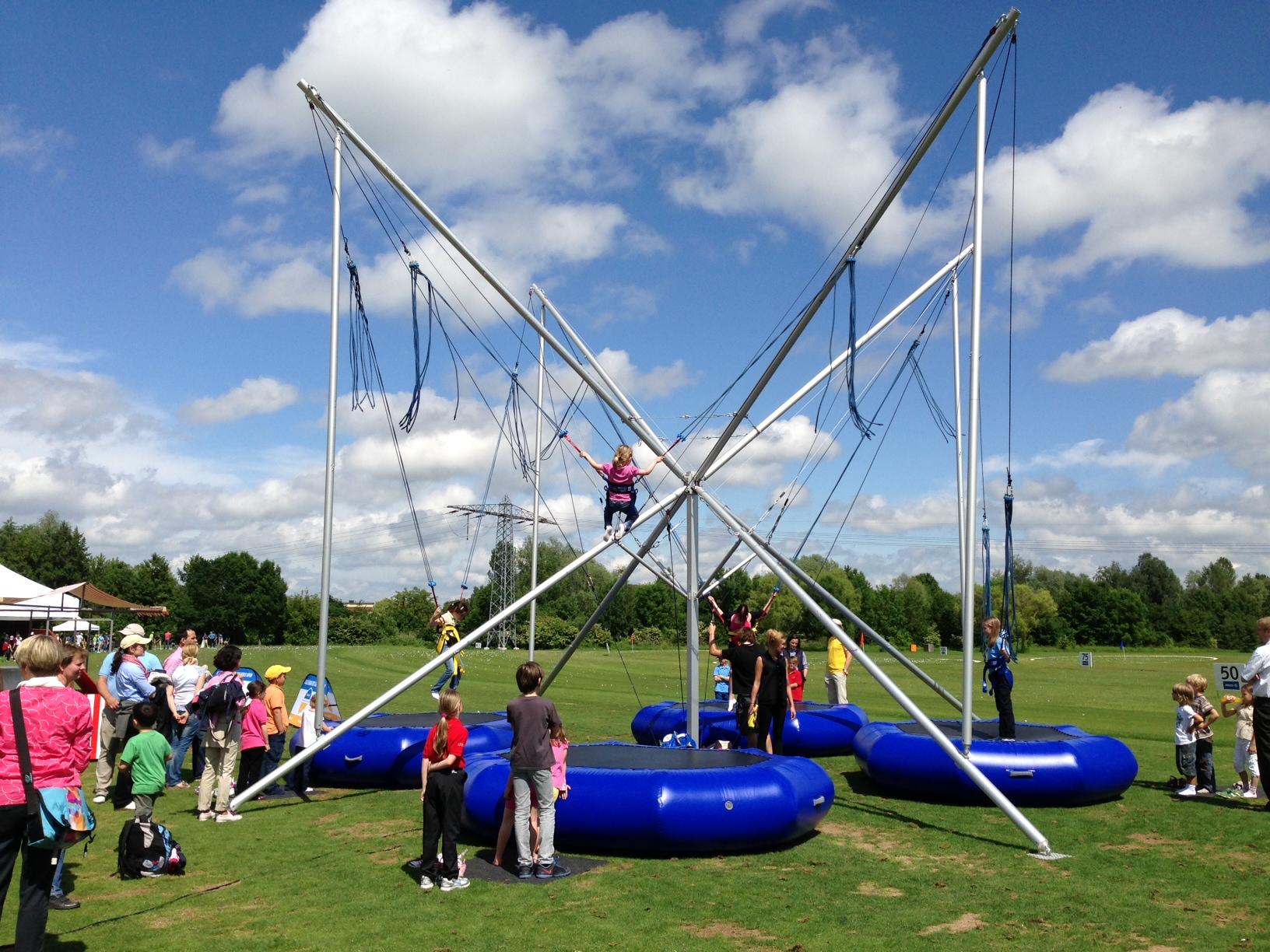 bungee-trampolin2.jpeg